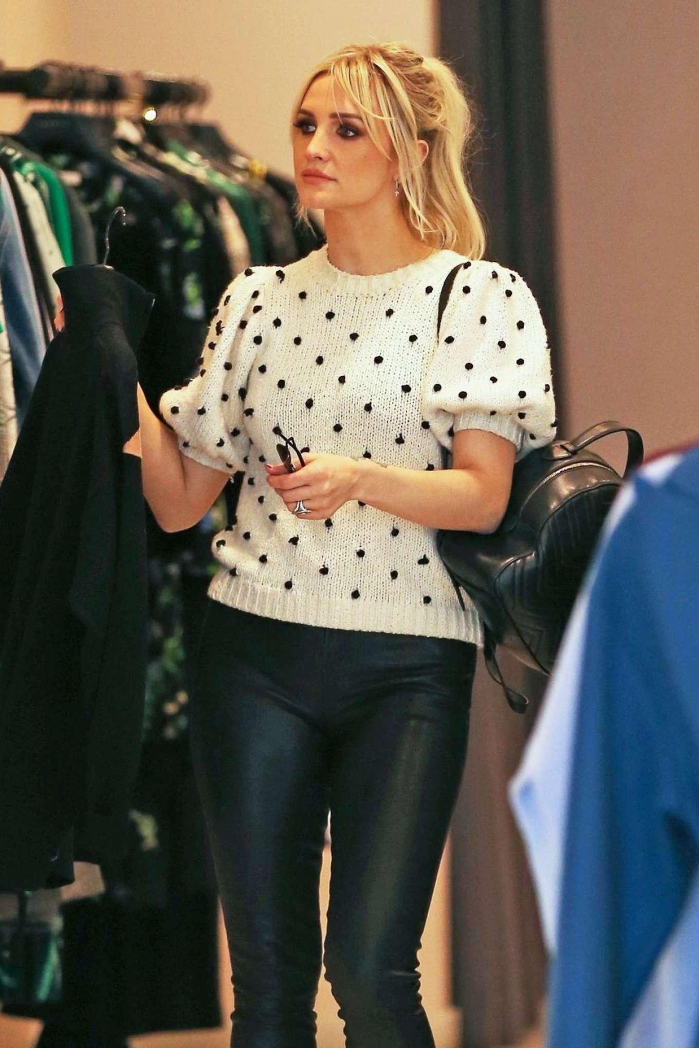 Ashlee Simpson 2018 : Ashlee Simpson: Shopping in Beverly Hills -02