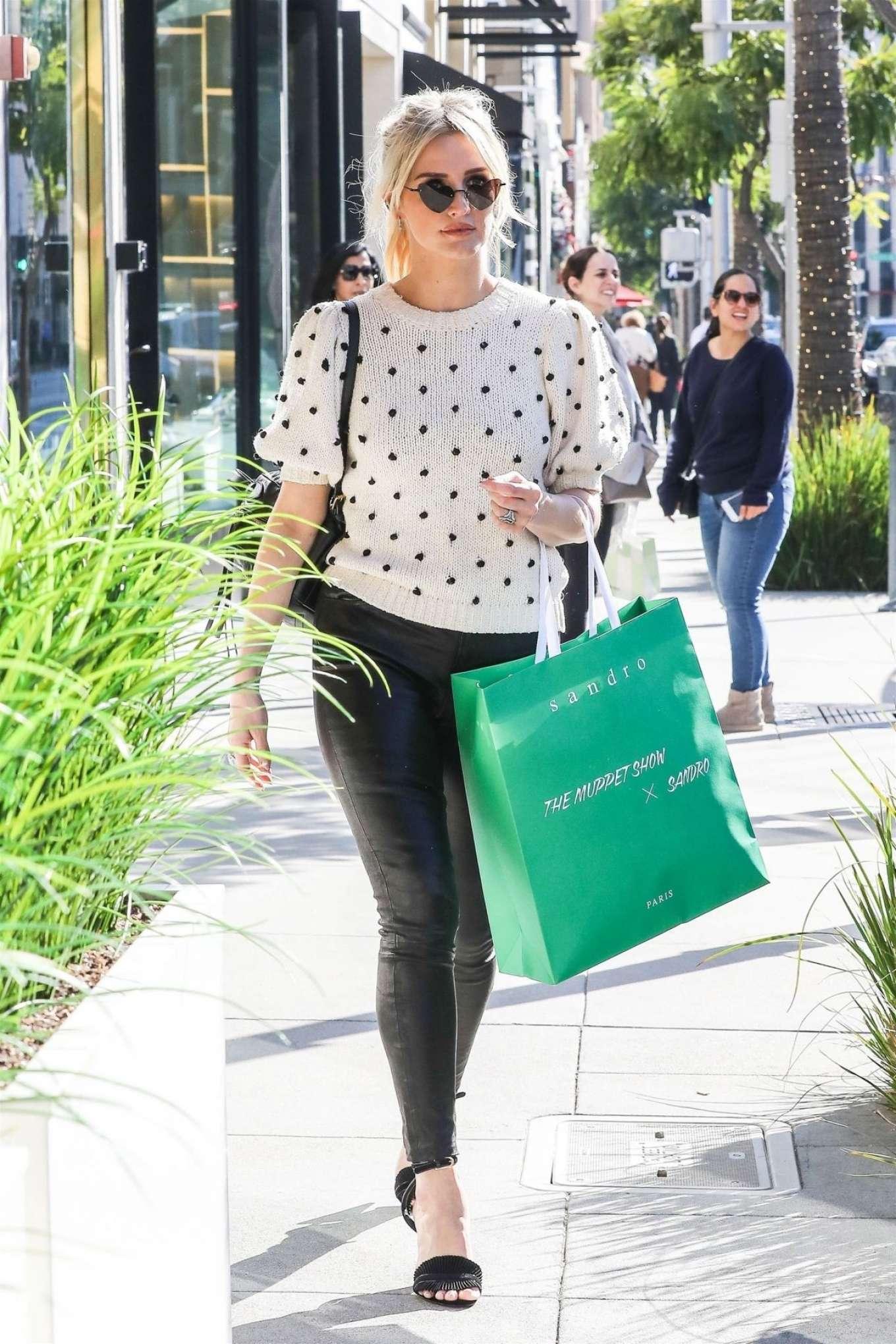 Ashlee Simpson 2018 : Ashlee Simpson: Shopping in Beverly Hills -11