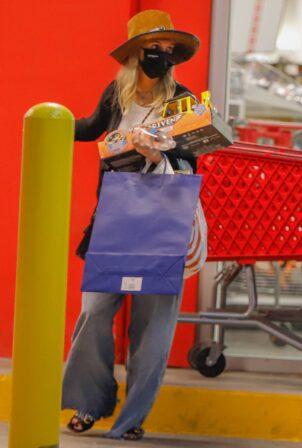 Ashlee Simpson - Shops at Target in Los Angeles
