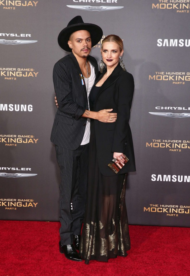 Ashlee Simpson - 'The Hunger Games: Mockingjay' Part 2 Premiere in LA