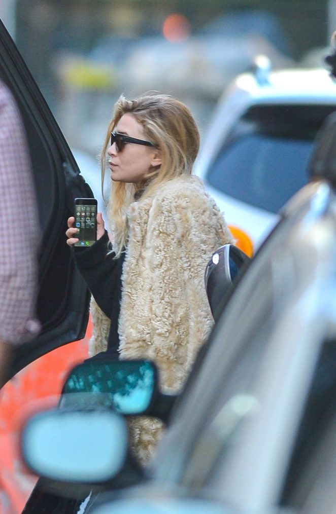 Ashley and Mary-Kate Olsen out in New York City