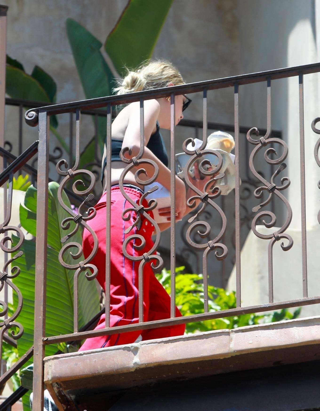 Ashley Benson 2020 : Ashley Benson – Arrives at boyfriend G-Eazys house in Los Angeles-01