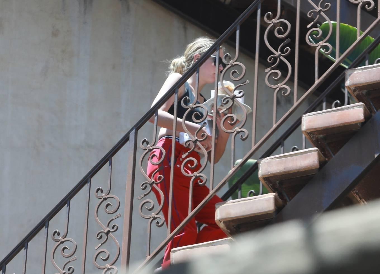 Ashley Benson 2020 : Ashley Benson – Arrives at boyfriend G-Eazys house in Los Angeles-04