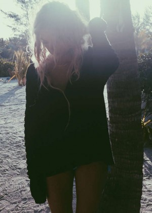 Ashley Benson: Find Your California Travel Mexico 2015 -01