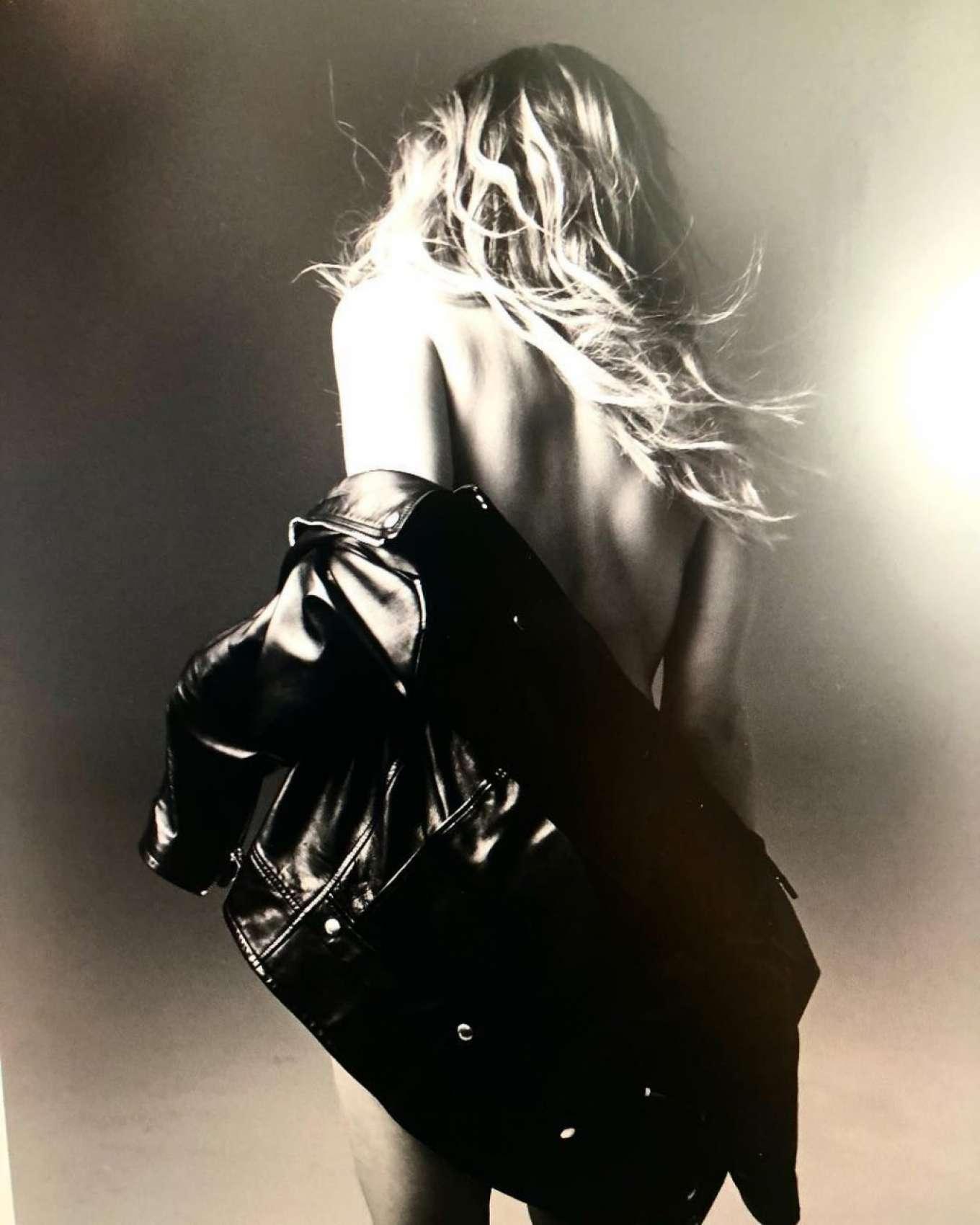 Ashley Benson 2019 : Ashley Benson – Instagram-10