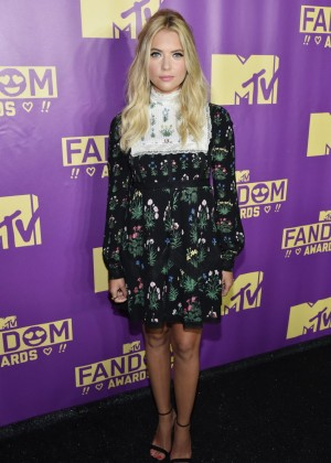 Ashley Benson - MTV Fandom Awards in San Diego