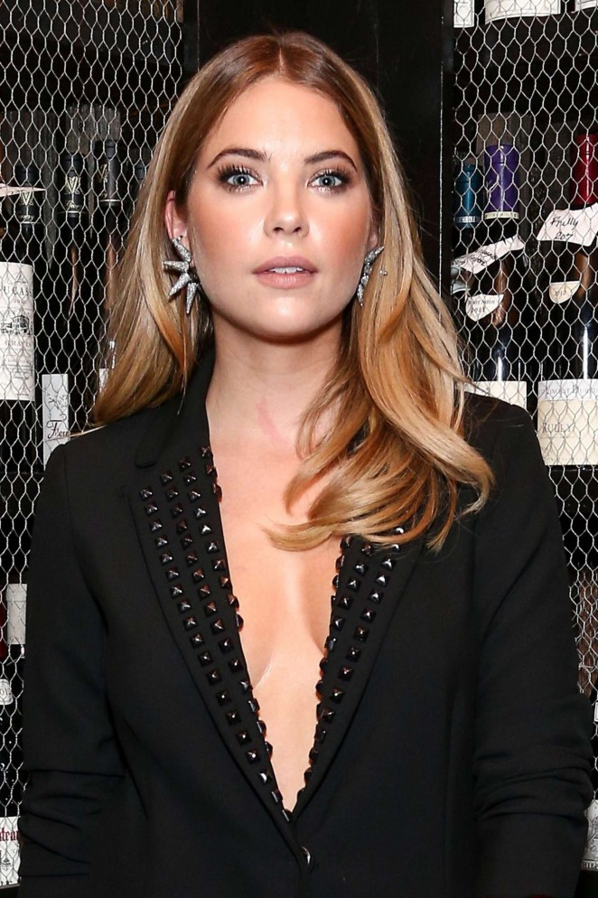 Ashley Benson - Nicole Miller's Holiday Collection & Flaunt Dial-Up Issue Banquet in LA