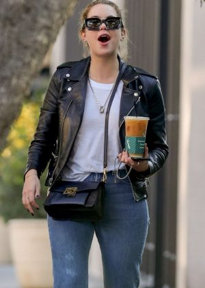 Ashley Benson - Out for coffee at Alfred's in West Hollywood