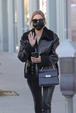 Ashley Benson - Seen at her doctor's office in Beverly Hills