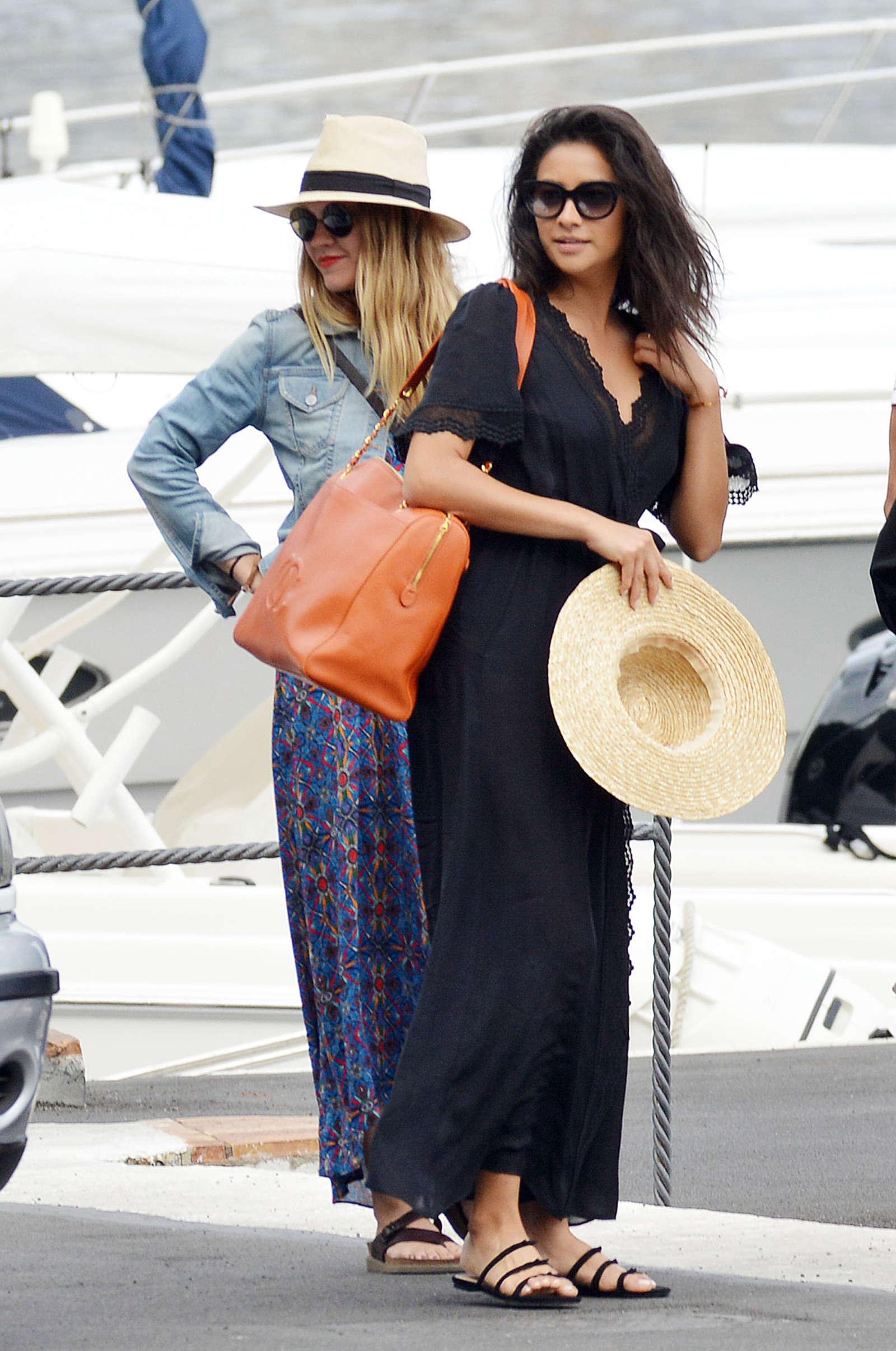 Ashley Benson 2016 : Ashley Benson, Shay Mitchell and Troian Bellisario on a boat in Capri -15