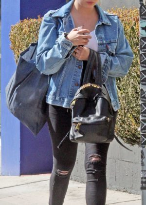 Ashley Benson: Shopping in Beverly Hills -02