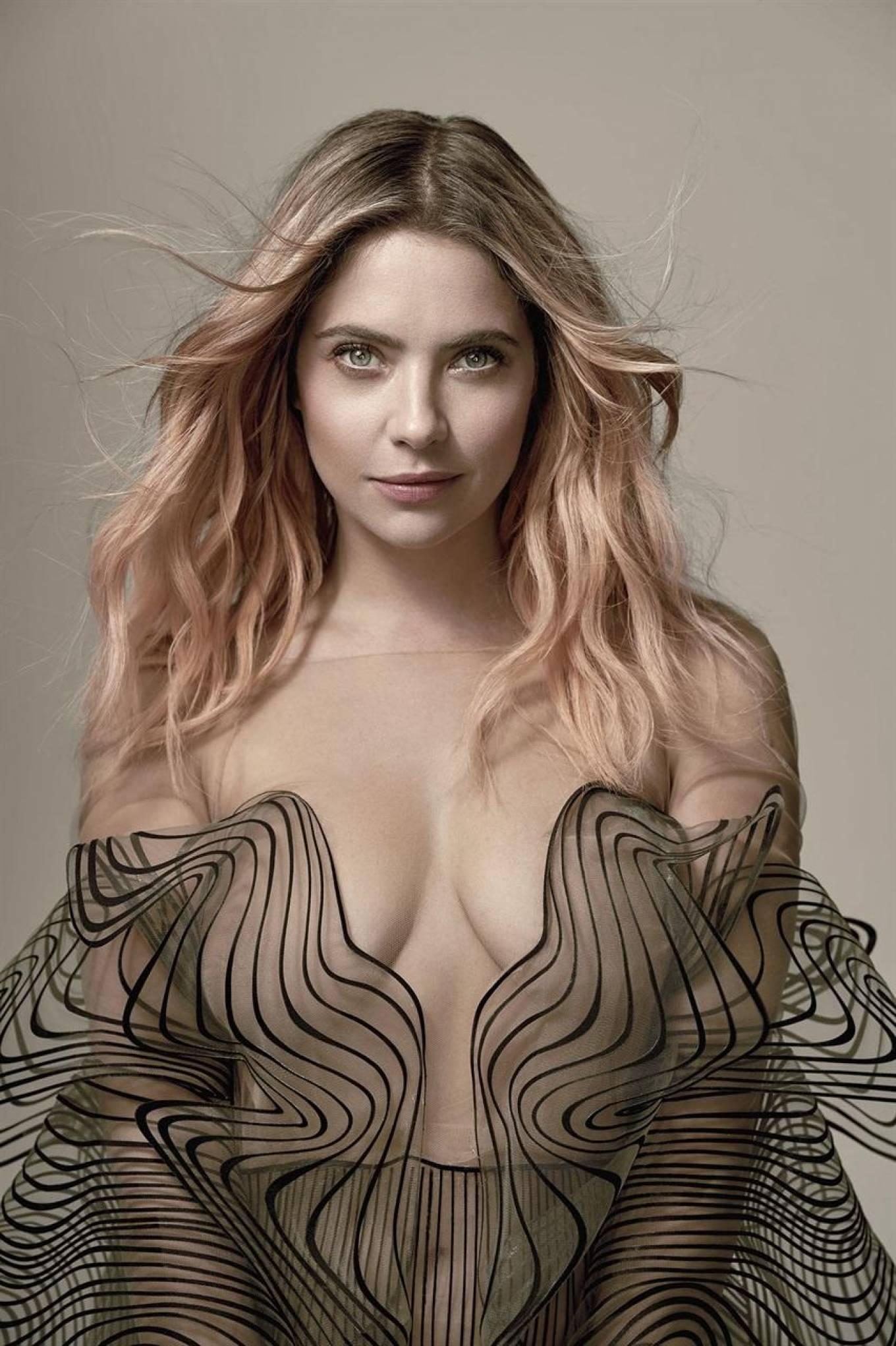 Ashley Benson - Vanity Fair Magazine (Italia 2020)