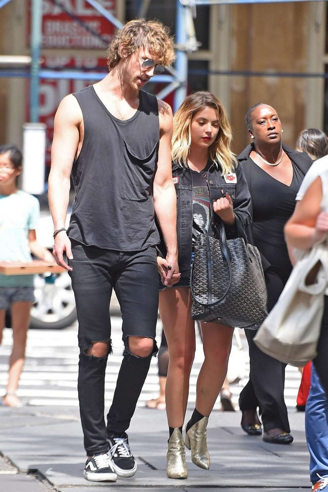 Ashley Benson With Boyfriend Out In Nyc 01 Gotceleb