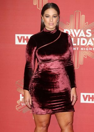 Ashley-Graham:-2016-VH1s-Divas-Holiday:-
