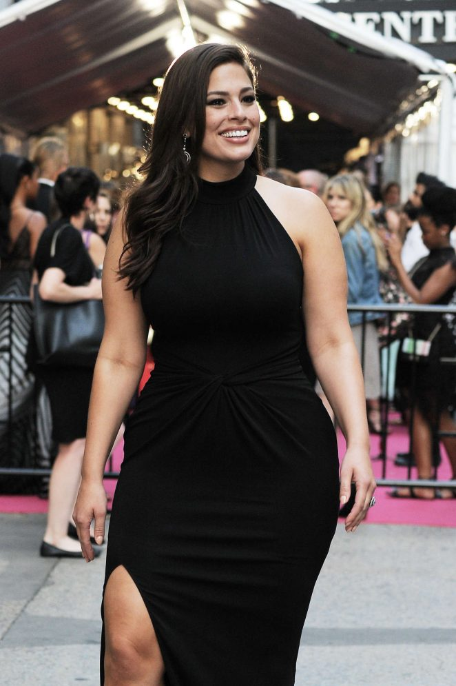 Ashley Graham - Arrives at 2016 CFDA Fashion Awards in New York