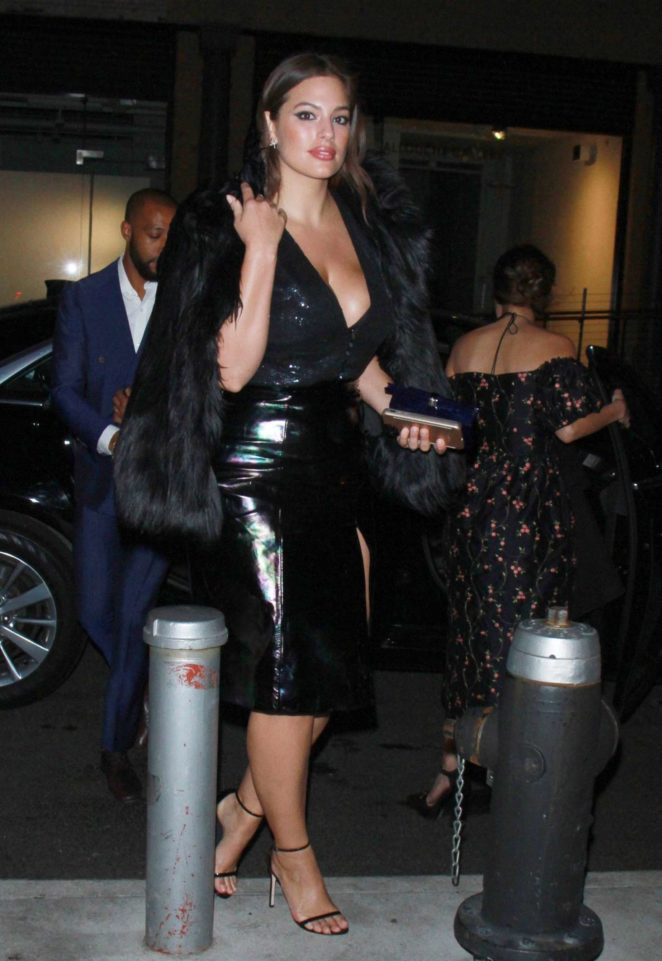 Ashley Graham – Arriving a Party at Whitney Museum in NY