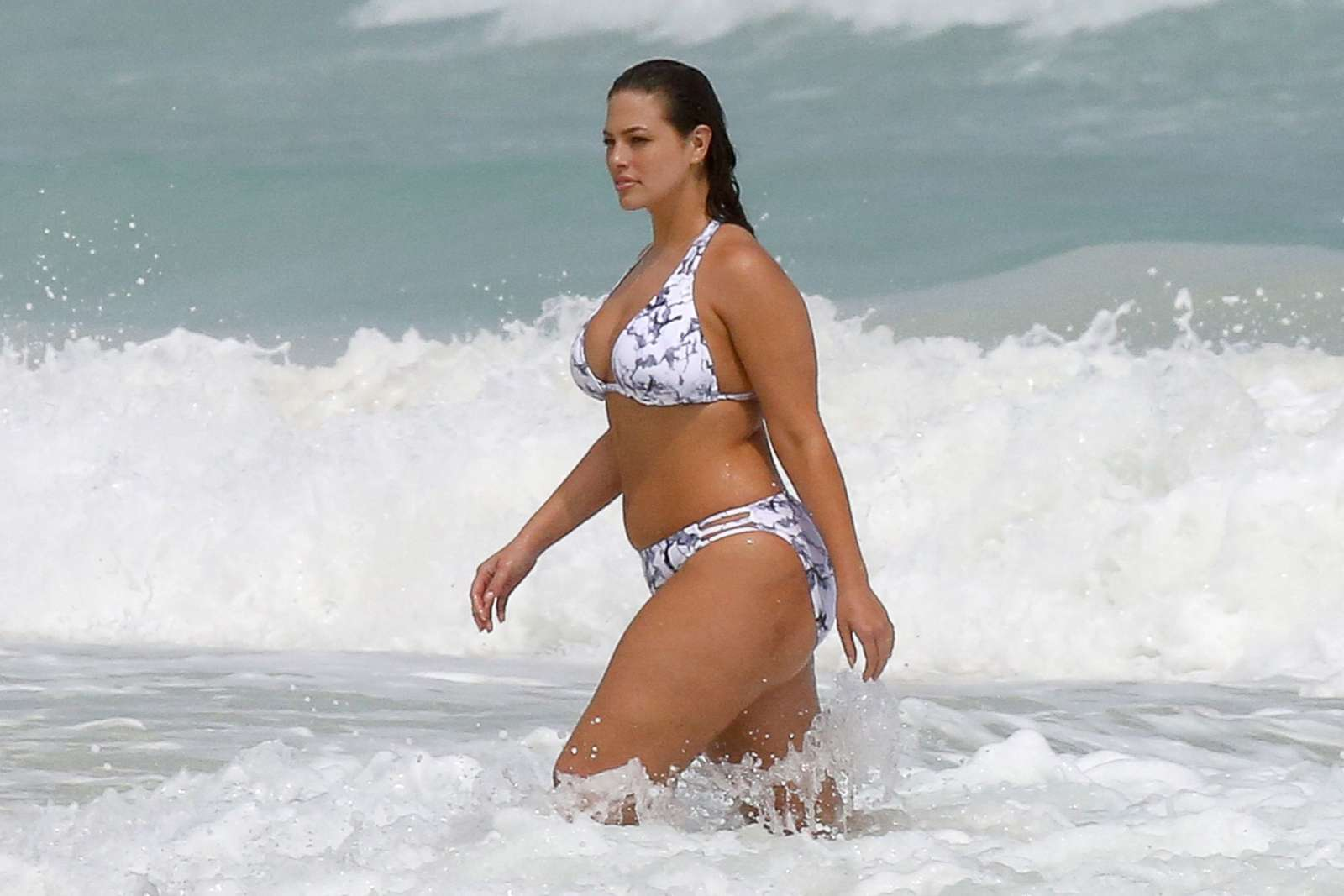 Ashley graham re4 sexy bikini adult download