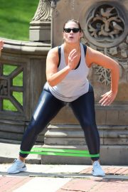 Ashley Graham - Doing an Intense Workout Session in Central Park