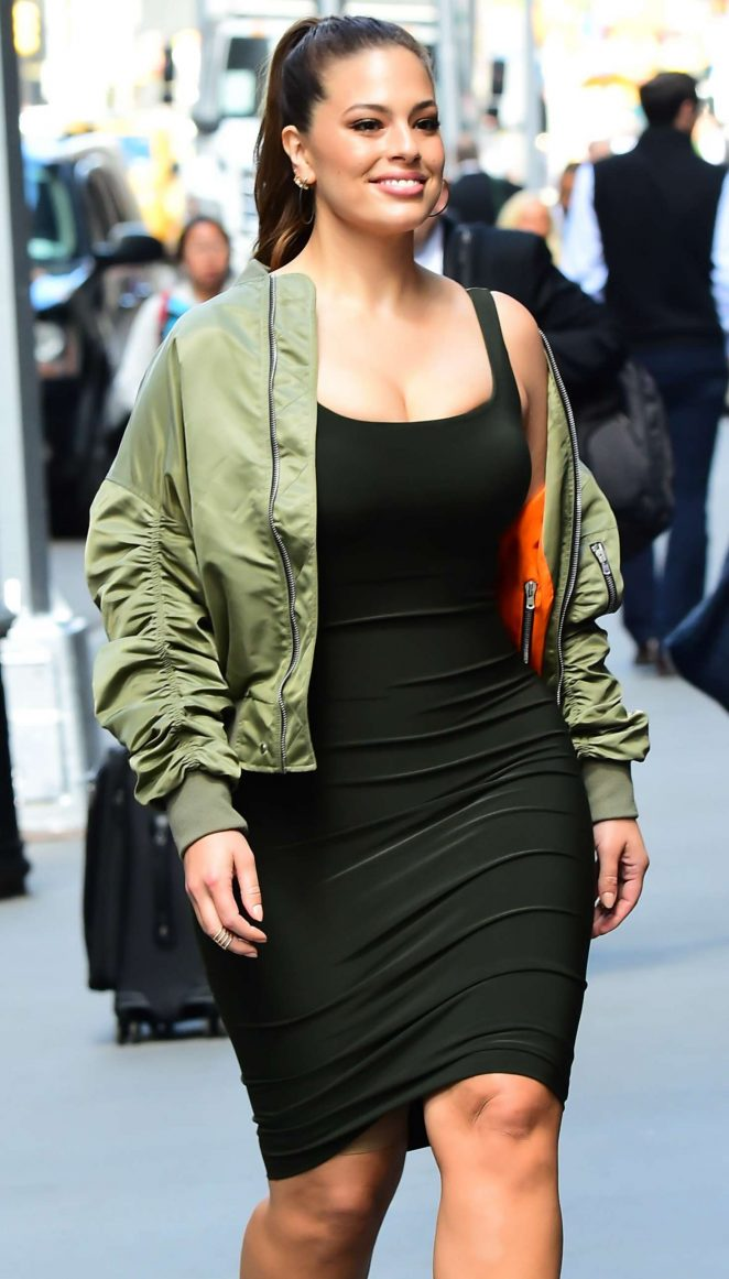 Ashley Graham - Heading to an office building in New York