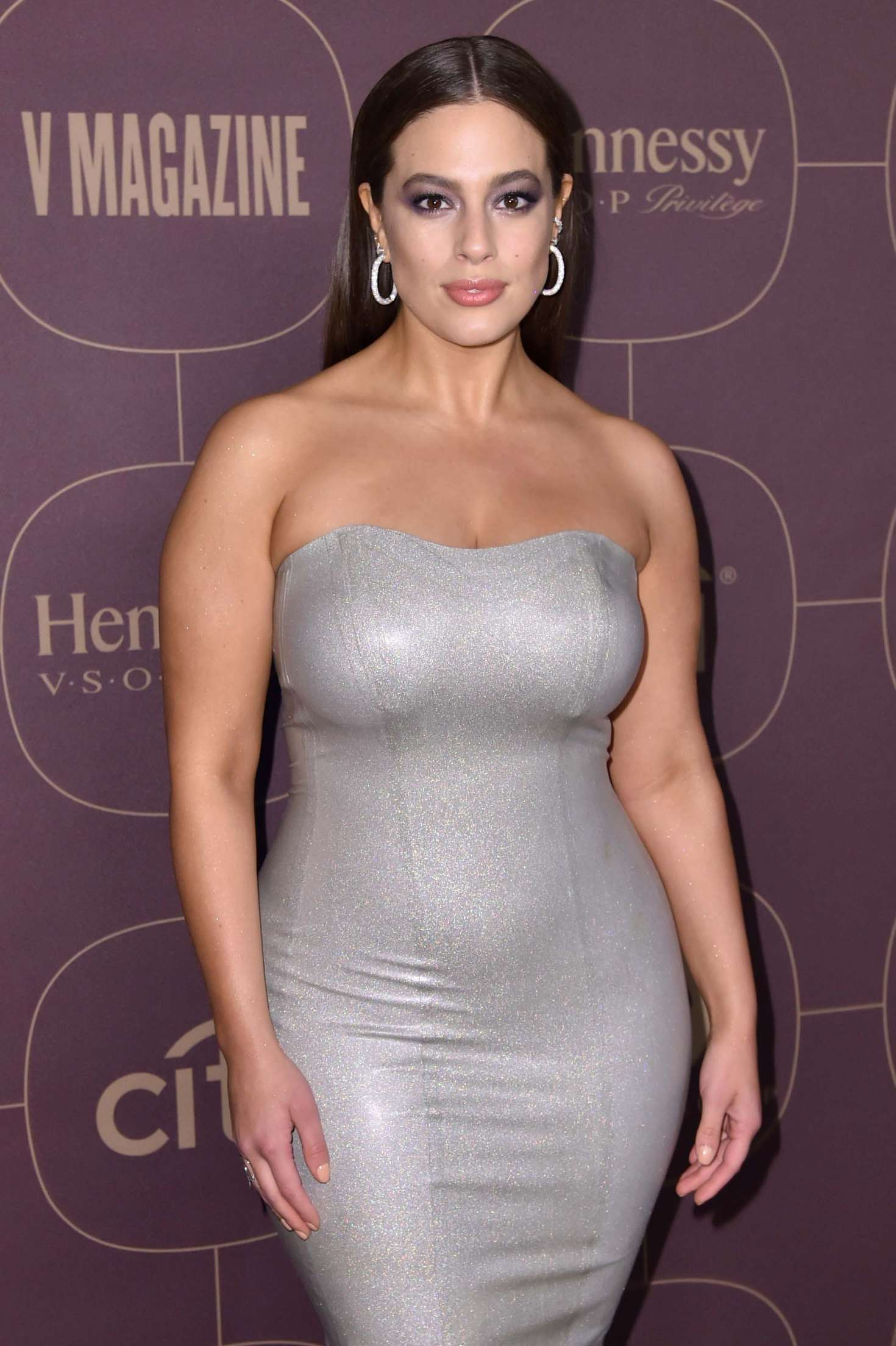 Ashley Graham Warner Music Pregrammy Party In Ny Gotceleb
