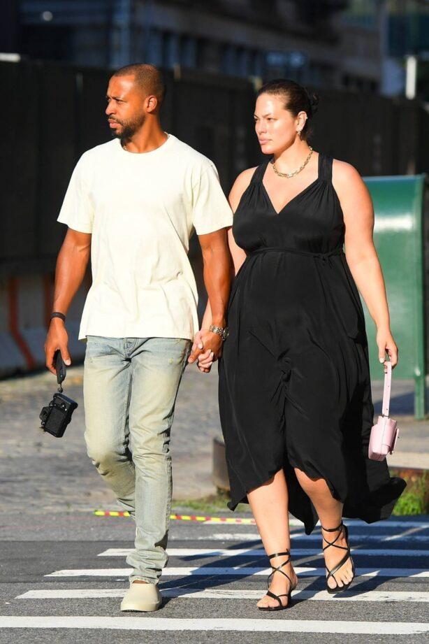 Ashley Graham - With husband Justin Ervin at the Greca in Tribeca