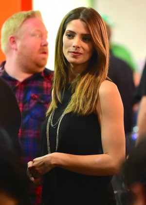 Ashley Greene - Children's Hospital LA 'Super Sweet Toy Drive' at Duff's Cake Mix in Hollywood