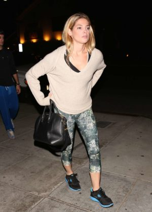 Ashley Greene - Has a sushi dinner with friends in LA