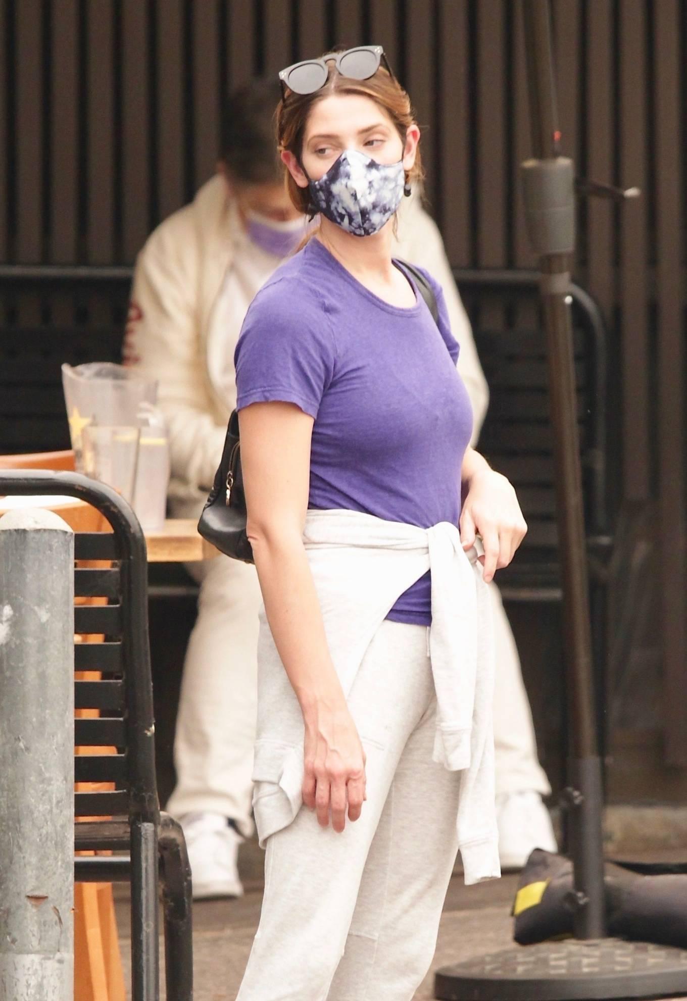 Ashley Greene 2020 : Ashley Greene – Seen at sushi restaurant in Studio City-04