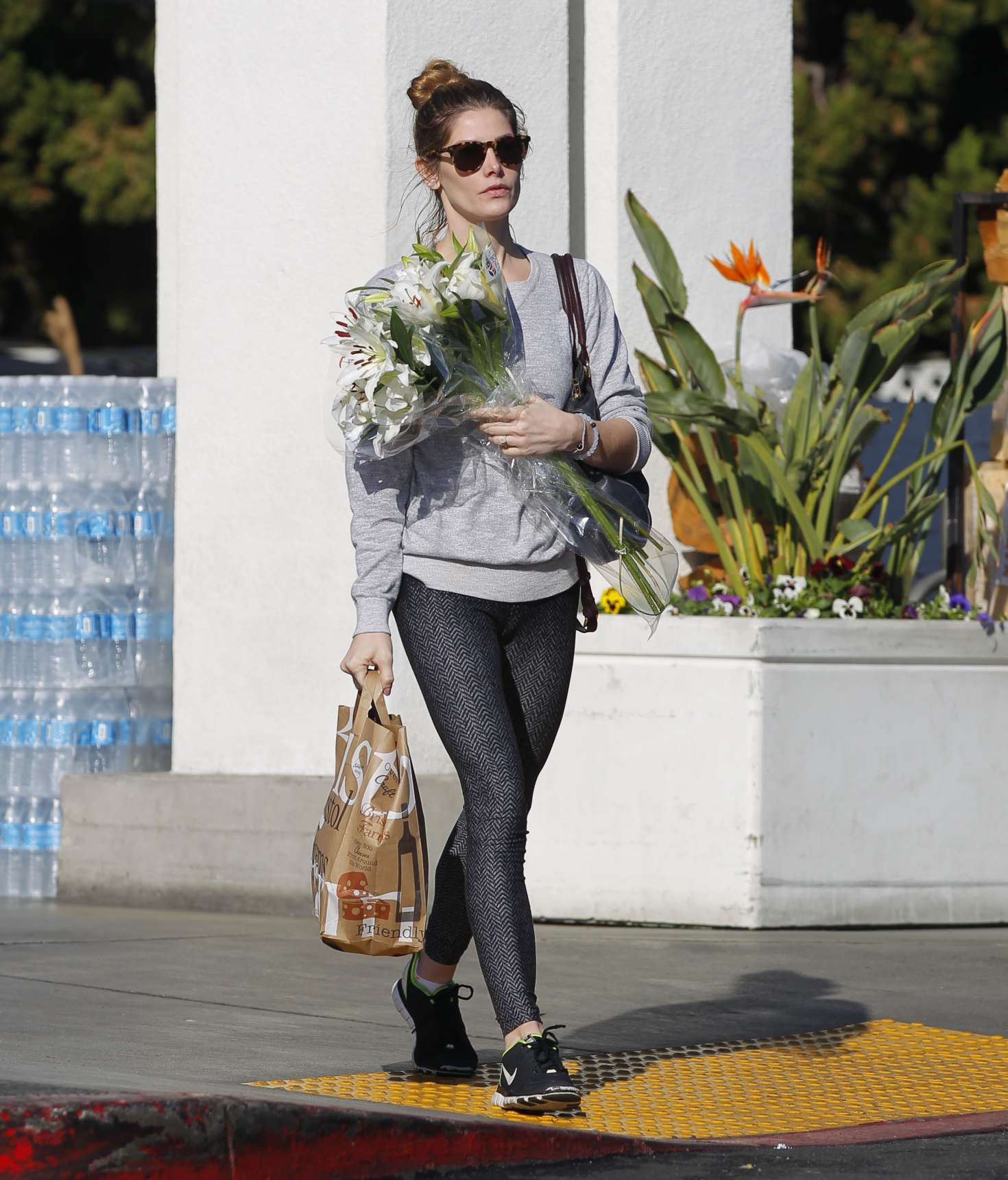Ashley Greene: Shopping For Some Grocery And Flower -08