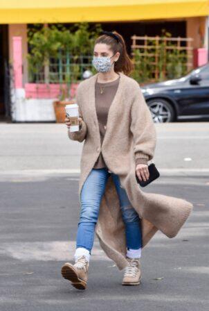 Ashley Greene - Stops by Starbucks in Studio City