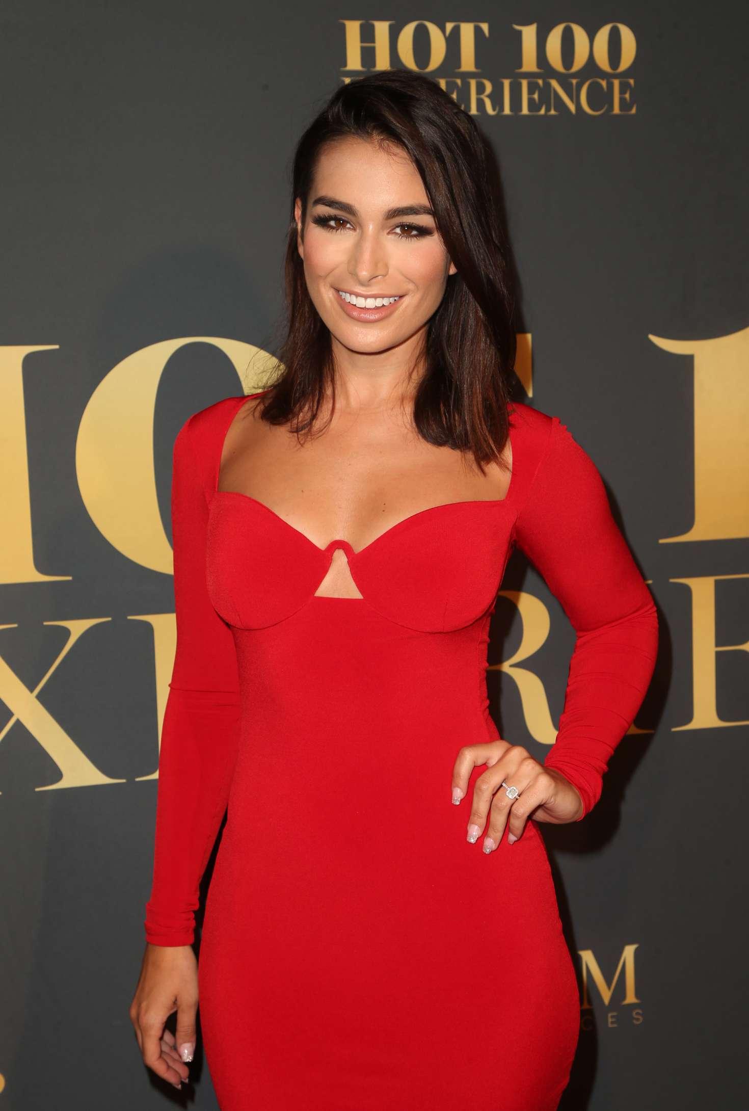 Ashley Iaconetti - 2018 Maxim Hot 100 Experience in Los Angeles