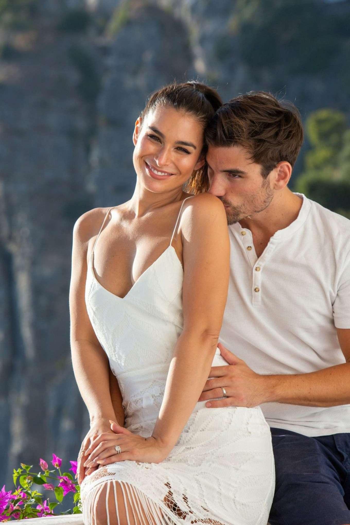 Ashley Iaconetti and Jared Haibon on their honeymoon