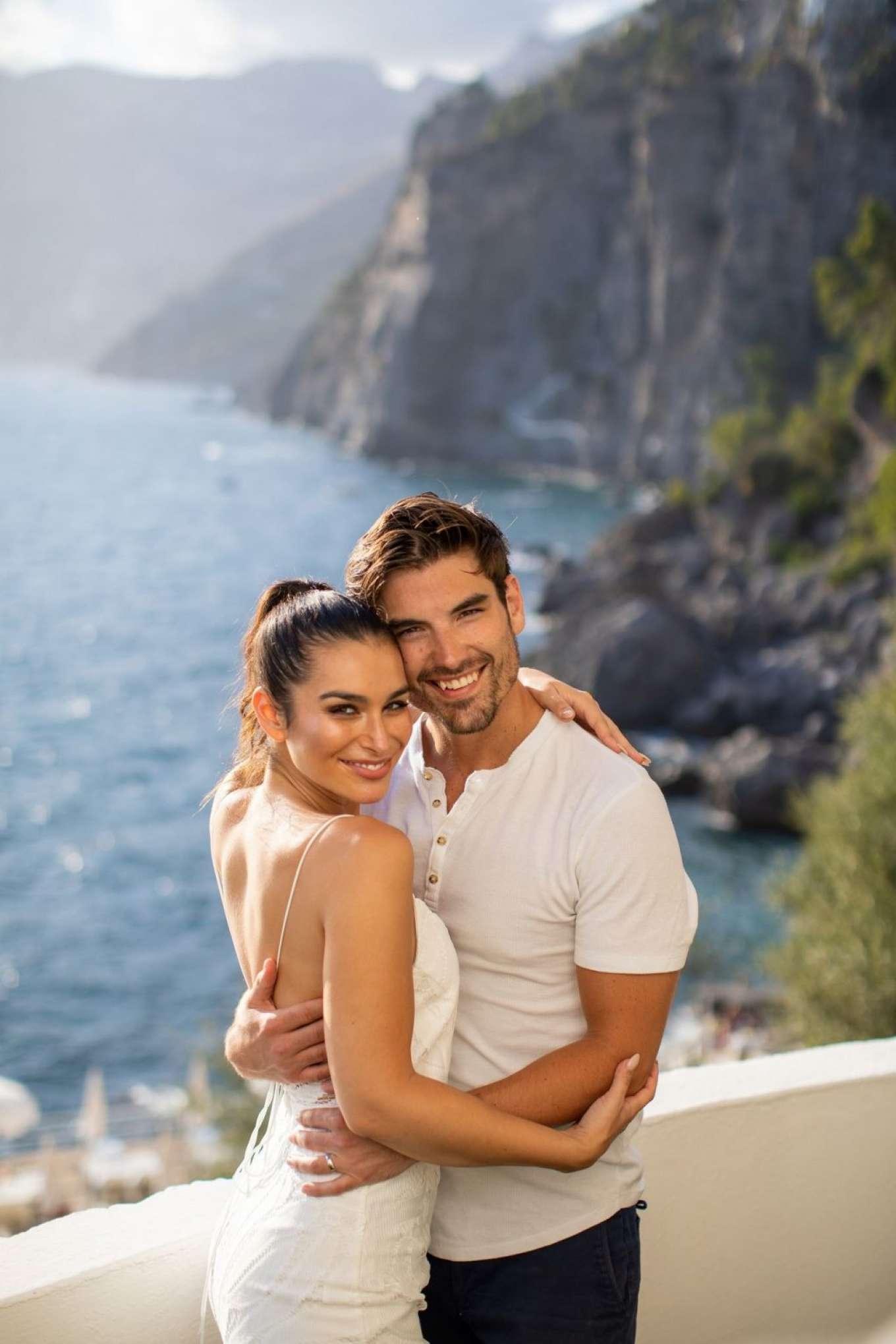 Ashley Iaconetti 2019 : Ashley Iaconetti and Jared Haibon on their honeymoon-05