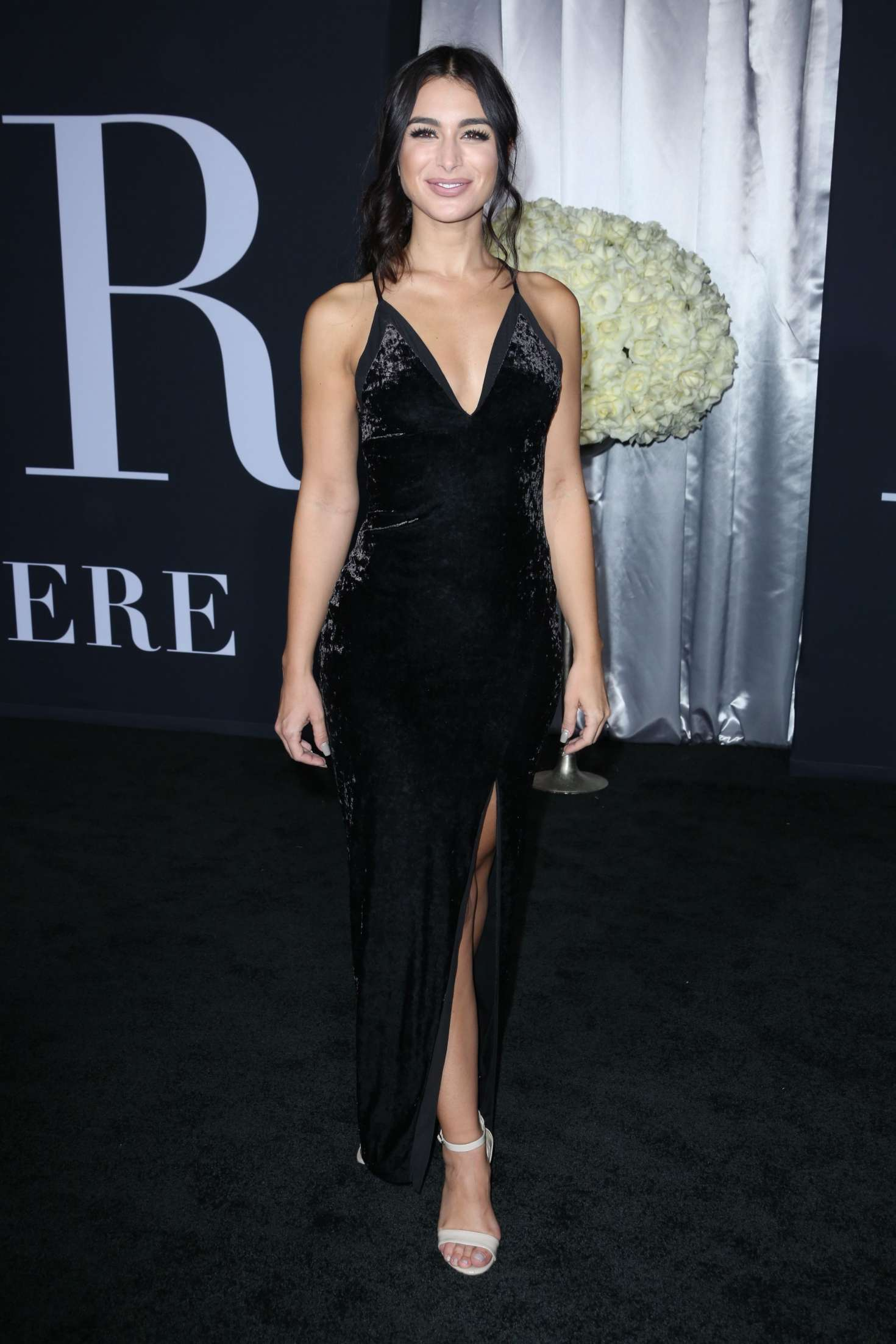 Ashley iaconetti fifty shades darker premiere in los angeles nude (46 photo), Is a cute Celebrites fotos