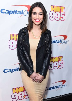 Ashley Iaconetti - Hot 99.5's Jingle Ball 2016 in Washington