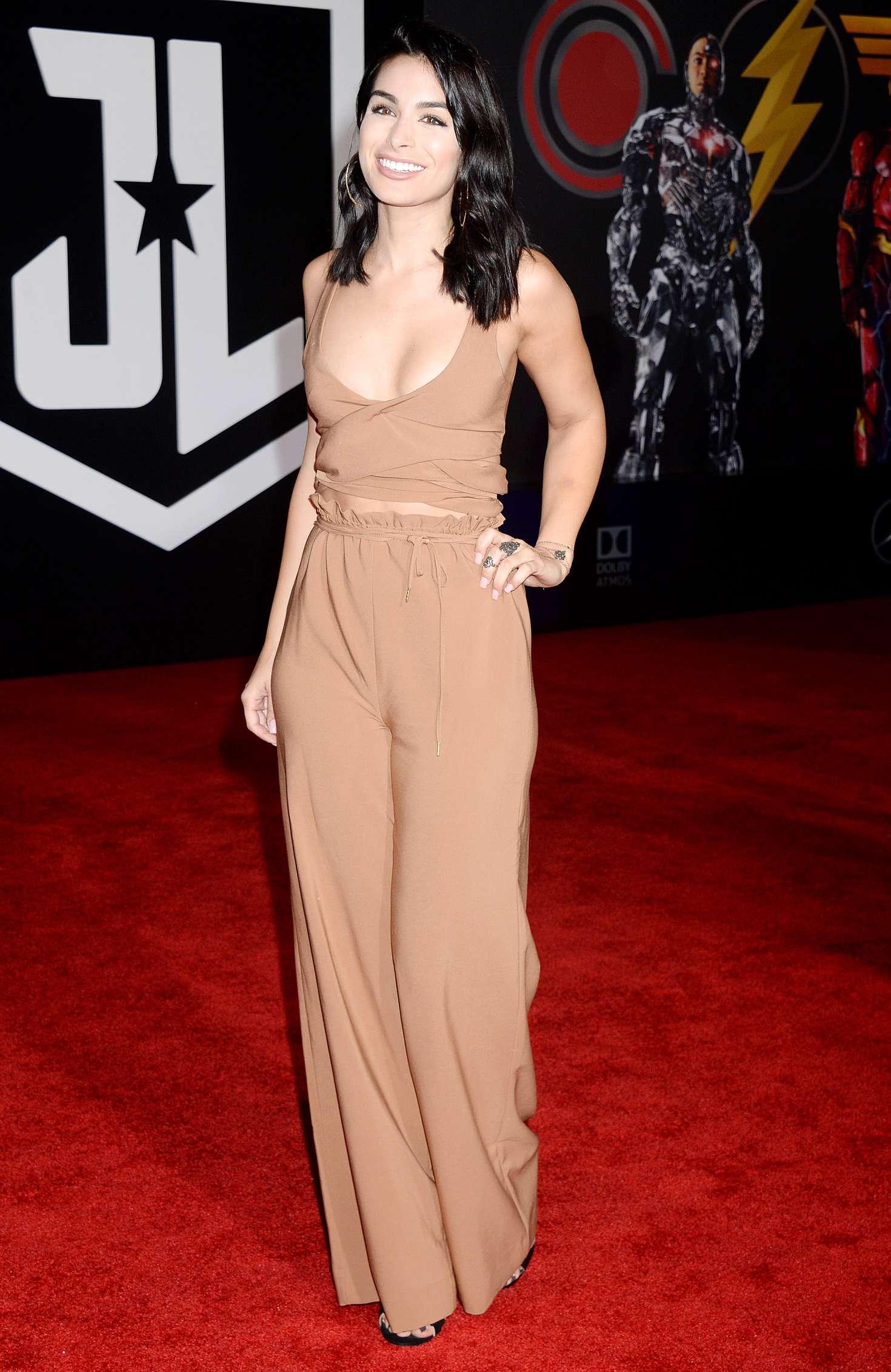 Ashley Iaconetti 2017 : Ashley Iaconetti: Justice League Premiere in LA -02