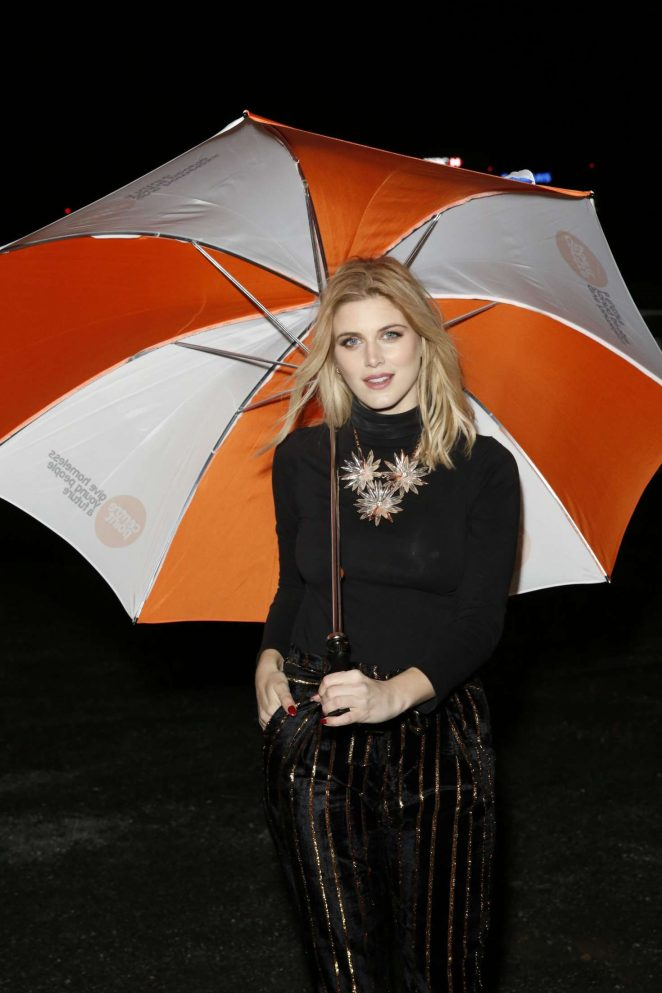 Ashley James - Centrepoint Sleepout 2016 in London