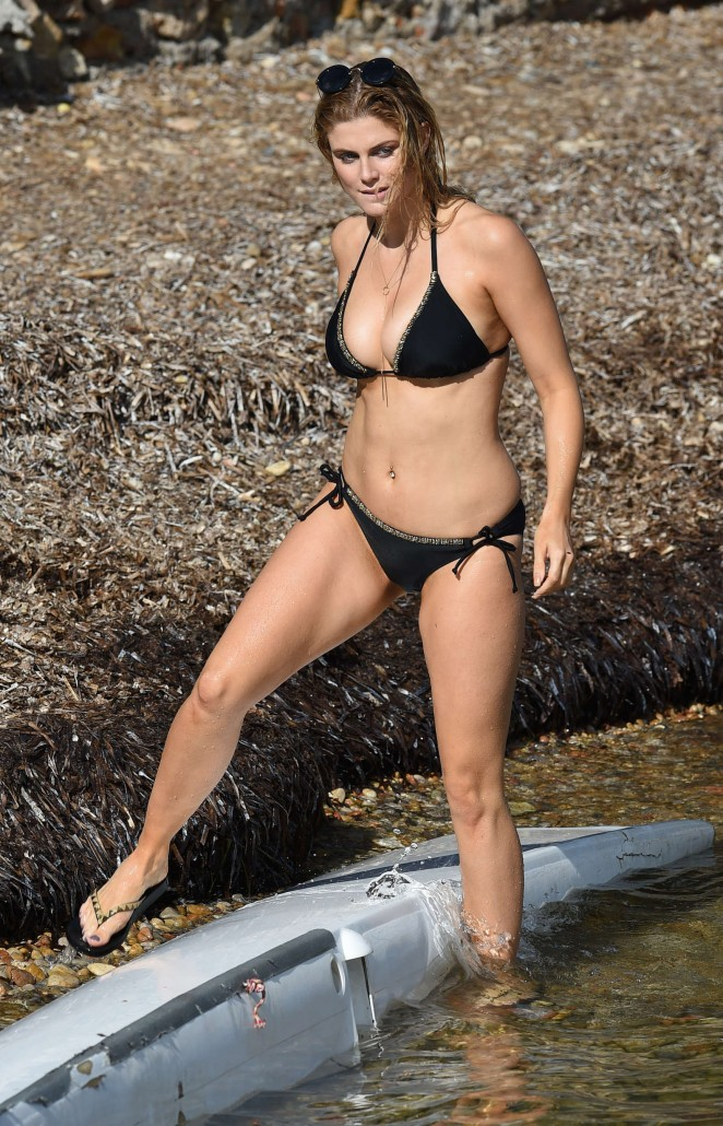 Ashley James – Wearing Black Bikini at a Beach In Bali