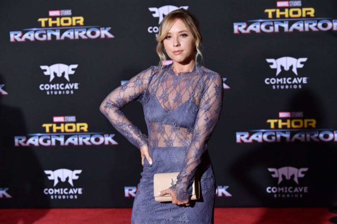 Ashley Nicole - 'Thor: Ragnarok' Premiere in Los Angeles