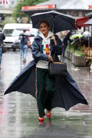 Ashley Roberts - Arrives at Global Radio Studios in London