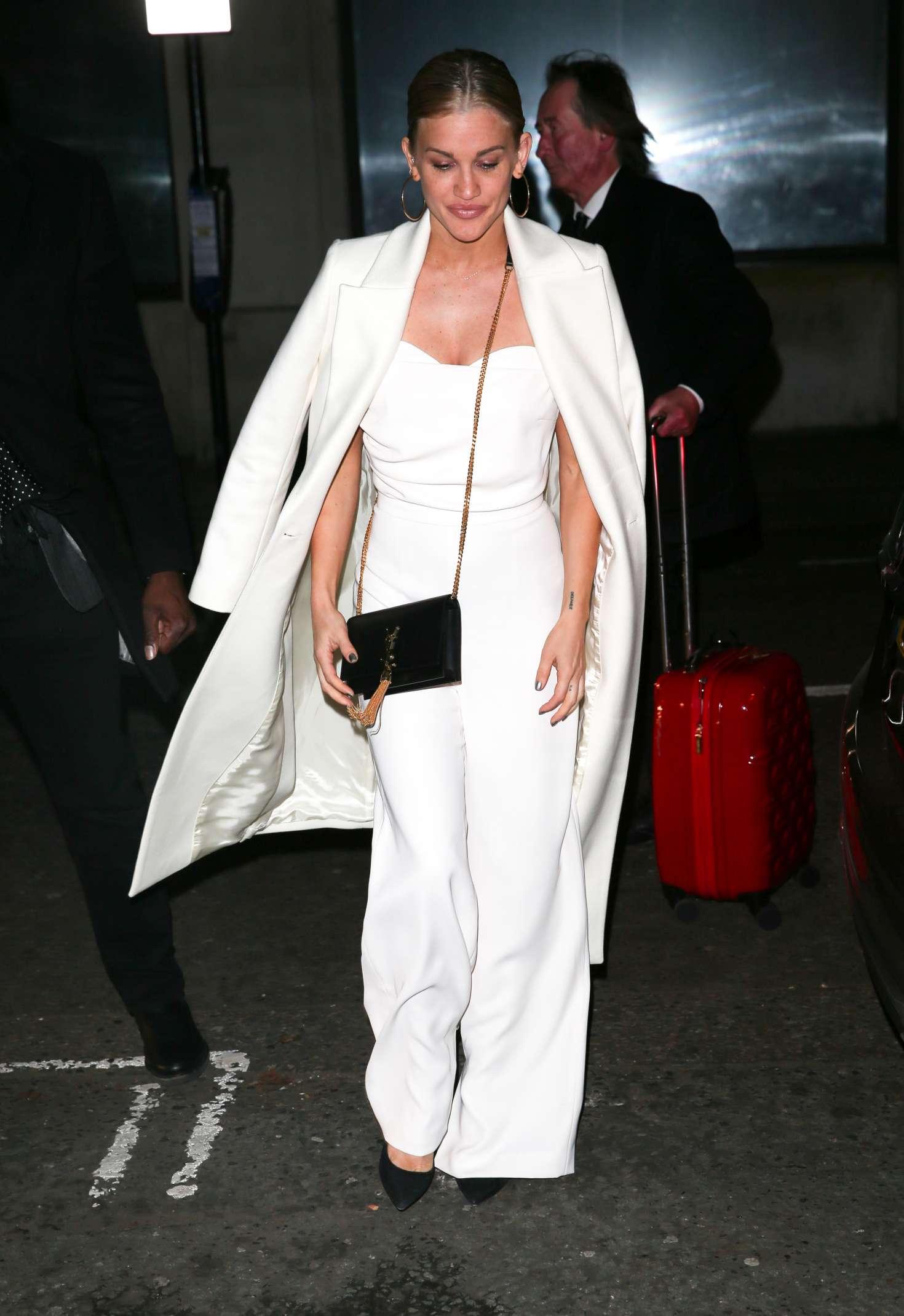 Ashley Roberts 2018 : Ashley Roberts: Arriving on Chris Evans Breakfast Show -01
