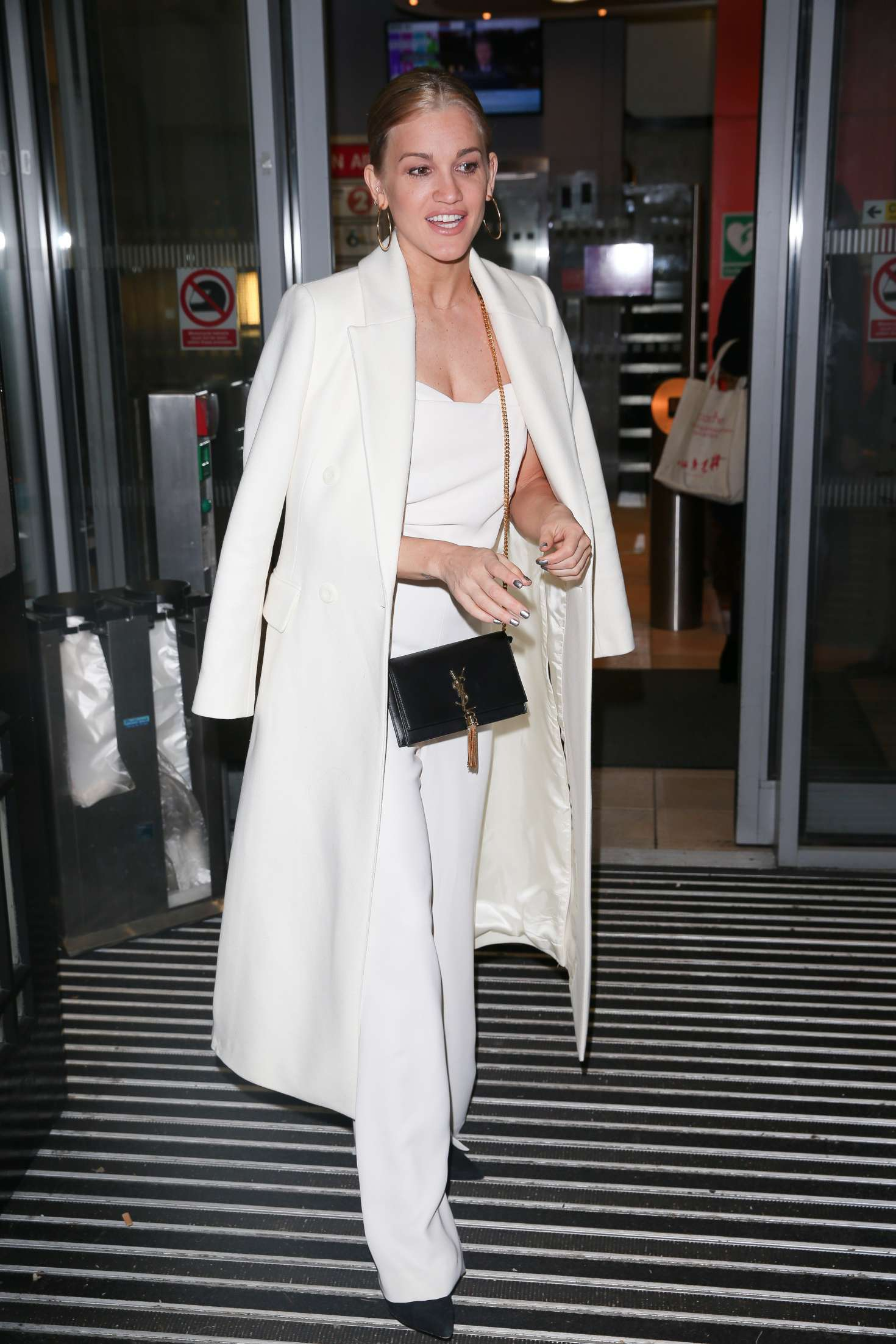 Ashley Roberts 2018 : Ashley Roberts: Arriving on Chris Evans Breakfast Show -02