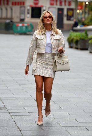 Ashley Roberts - Got bussines look outside Heart FM in London