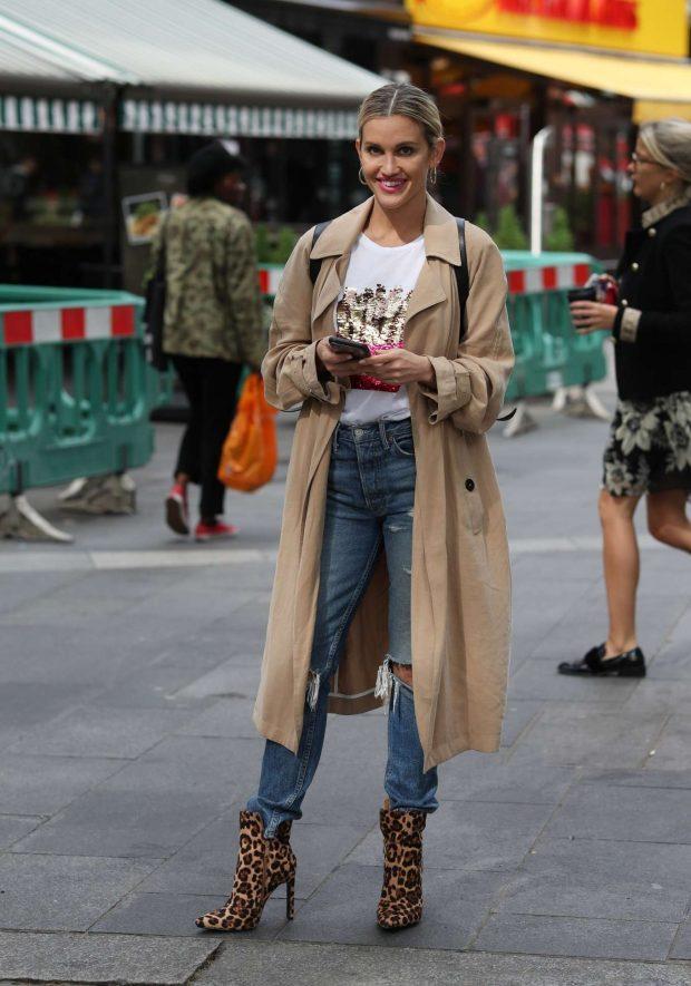 Ashley Roberts in Long Coat - Arrives at Global Radio Studios in London