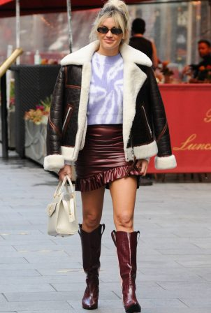 Ashley Roberts - In mini skirt outside Heart FM in London