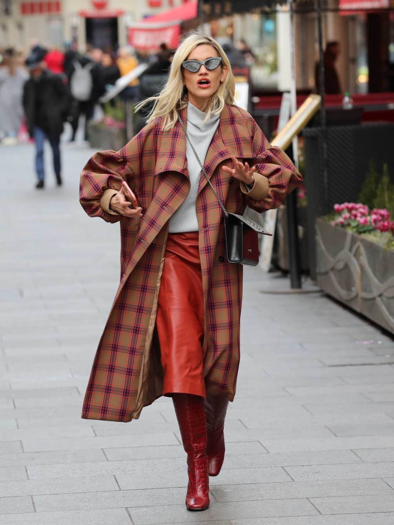 Ashley Roberts 2020 : Ashley Roberts in plaid while leaving the Heart Radio in London-01