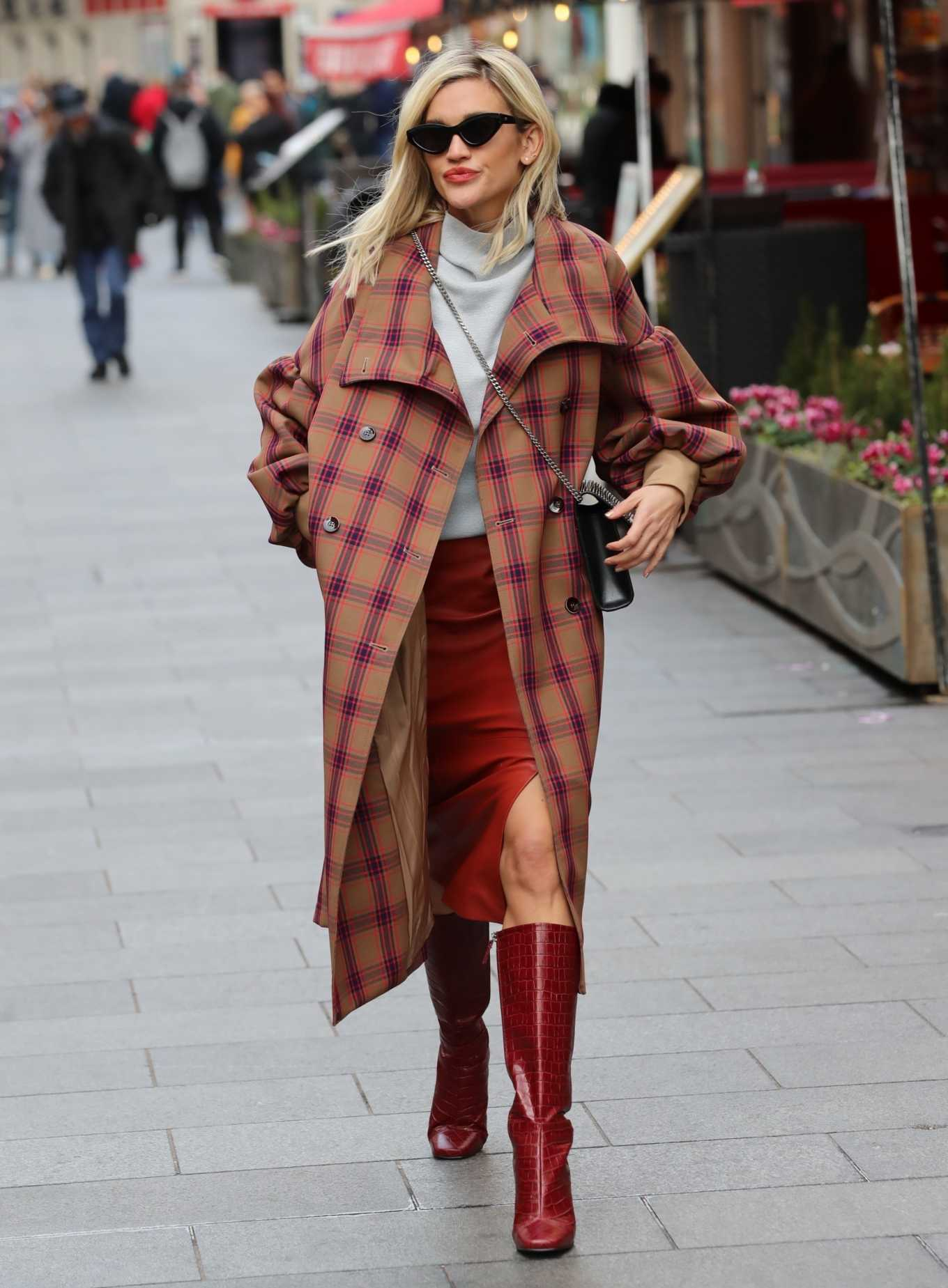Ashley Roberts 2020 : Ashley Roberts in plaid while leaving the Heart Radio in London-02