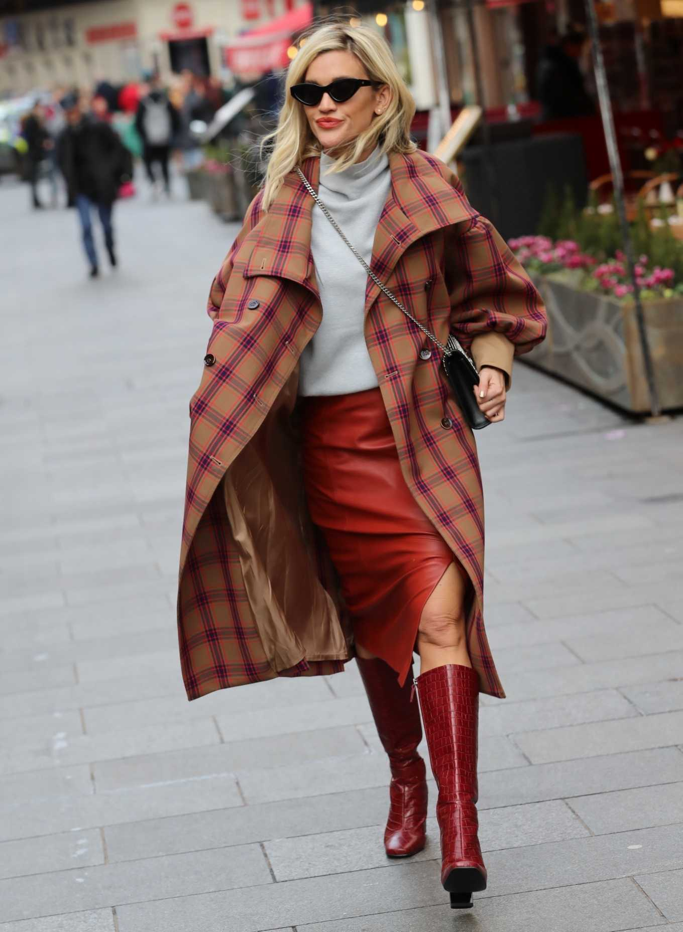 Ashley Roberts 2020 : Ashley Roberts in plaid while leaving the Heart Radio in London-06