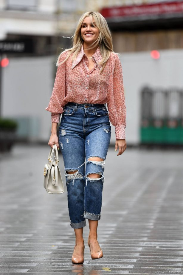 Ashley Roberts - In Ripped jeans at Global Studios Heart Radio in London