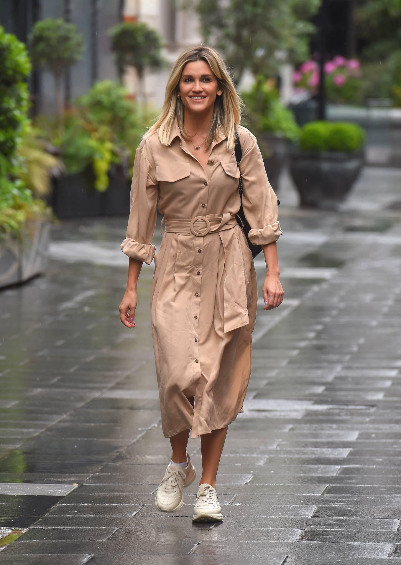 Ashley Roberts 2020 : Ashley Roberts – Leaves Global Radio Radio Studios in London-16